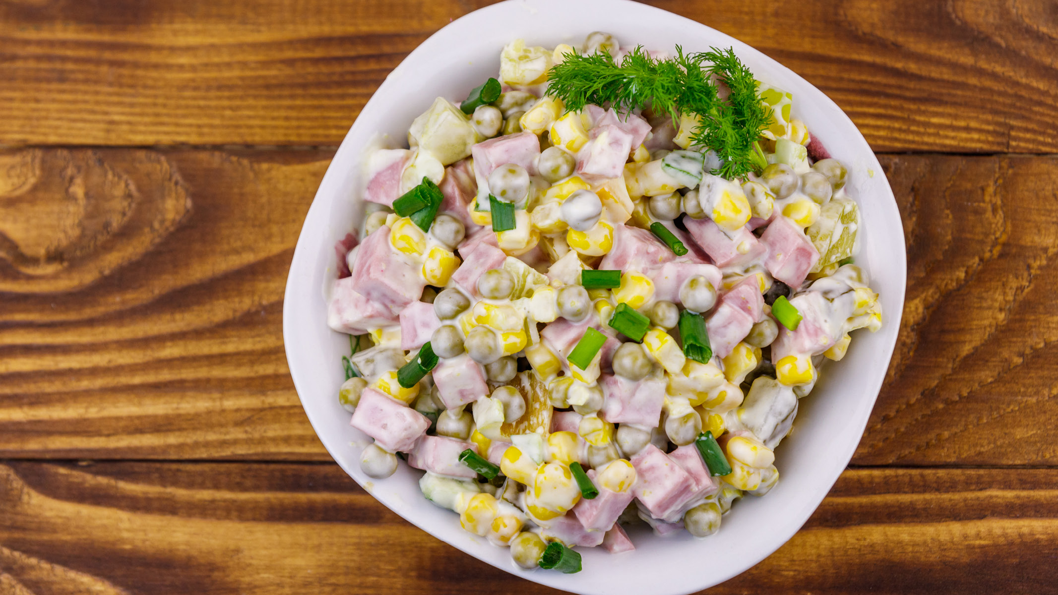 Bowl of ham and corn salad - Sanford fit